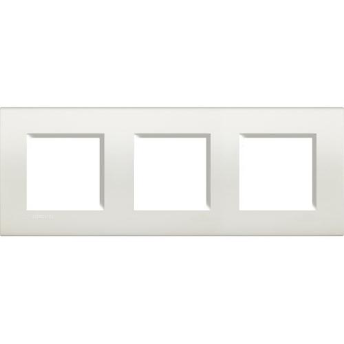 Bticino Living.Light rámeček 2+2+2M bílá LNA4802M3BI